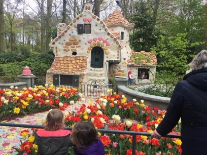 Casa de doces da bruxa de João e Maria.